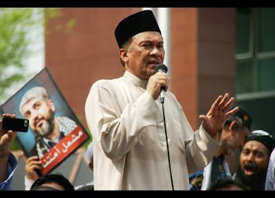 Anwar Ibrahim Free Palestine