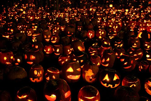The Spooky Vegan: 31 Days of Halloween: History of Halloween
