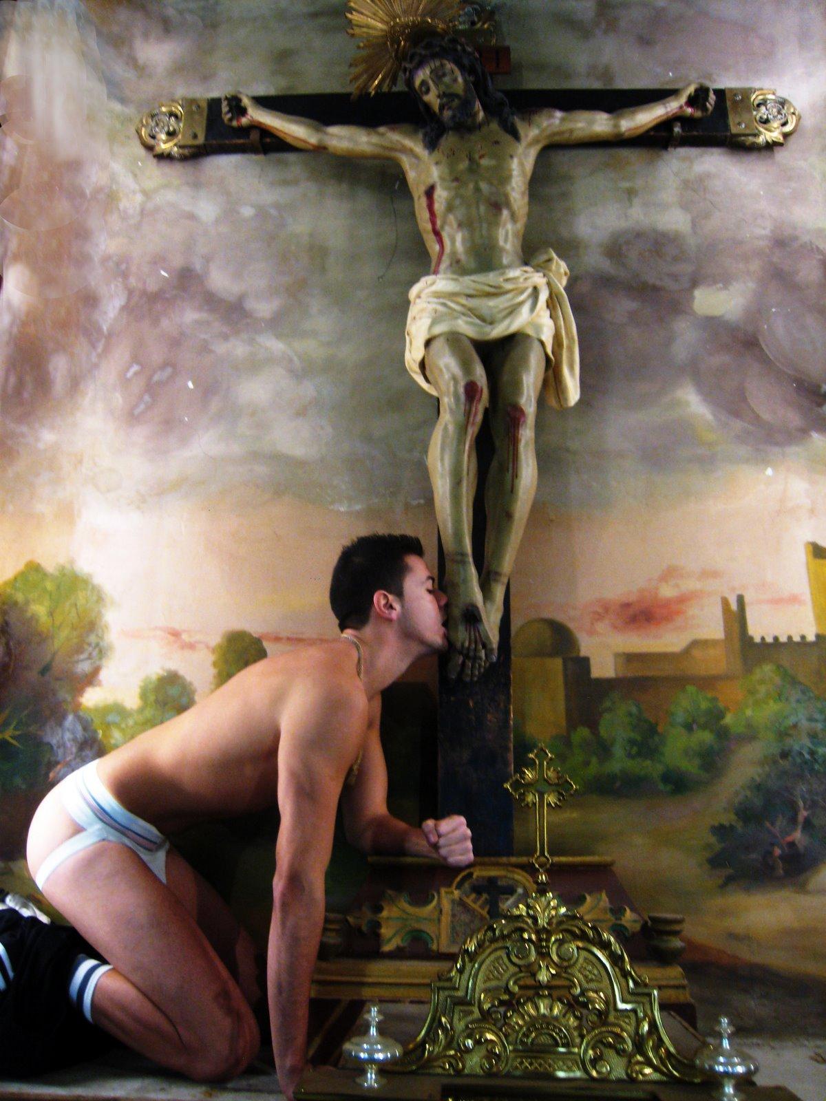 [Religion_3_Pray.jpg]