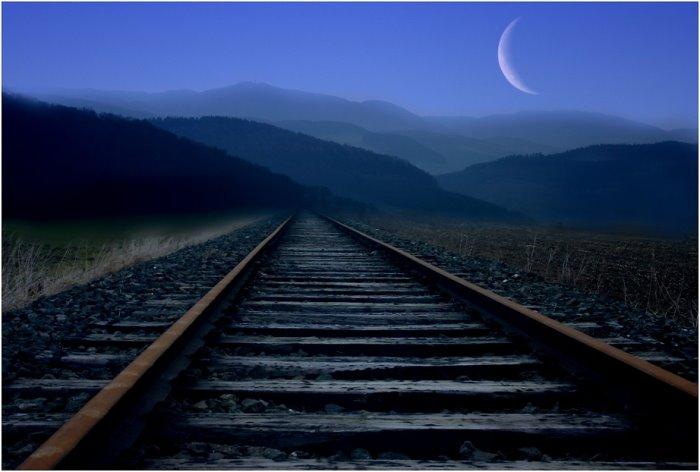 [Moon+Tracks.jpg]