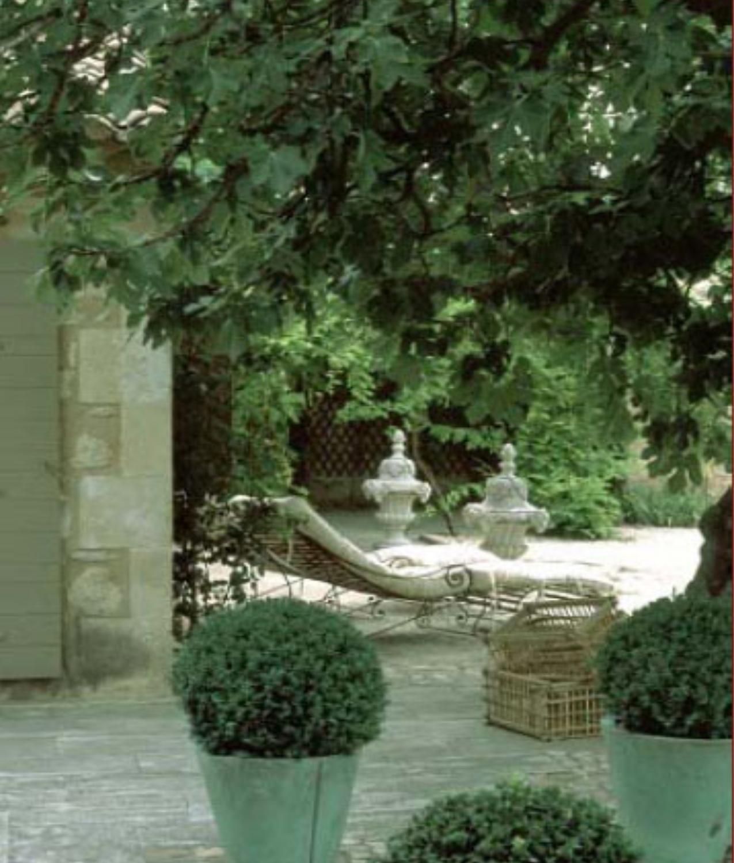 [The+Villa_10_Garden.jpg]