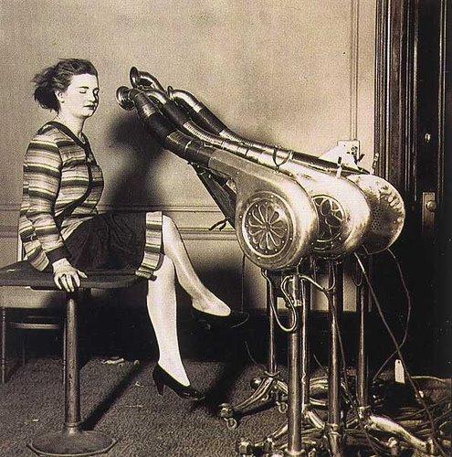[hair-dryers.jpg]
