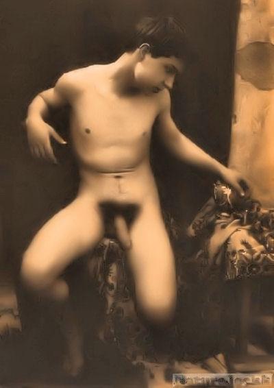 http://1.bp.blogspot.com/_6ANko4sjweM/SxPtMhH1S0I/AAAAAAAAXL4/hBXSe-KOmC0/s1600/Vintge+male+Nude_1.jpg