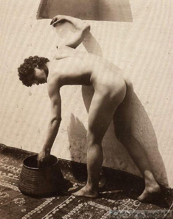 [Vintage+male+Nude_6.jpg]