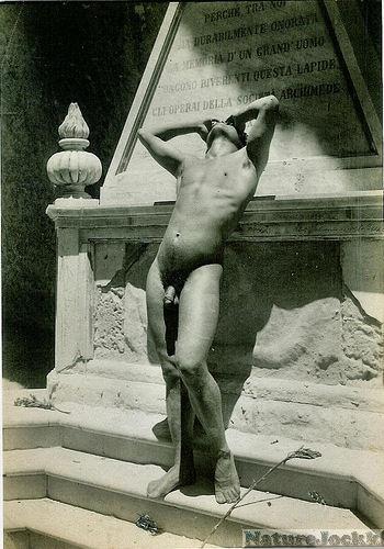 [Vintage+Male+Nude_1.jpg]