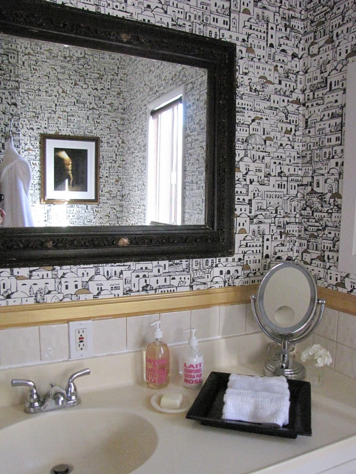 http://1.bp.blogspot.com/_6A_zv9x_Vdw/TP3INxirOaI/AAAAAAAAAfQ/EfmAXCZfL6k/s1600/fornasetti+bath.jpg