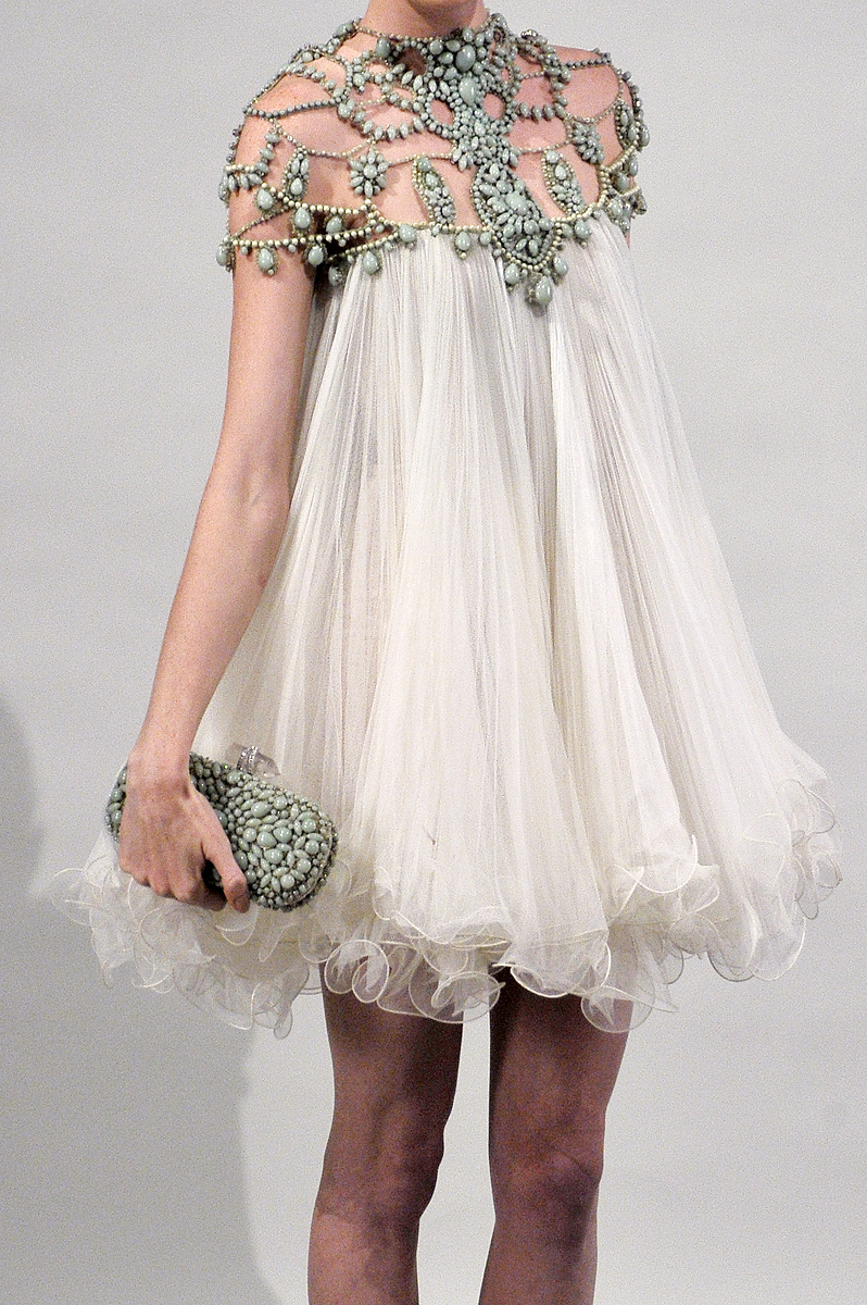 Designer marchesa saved by fashion for Baby doll style wedding dress