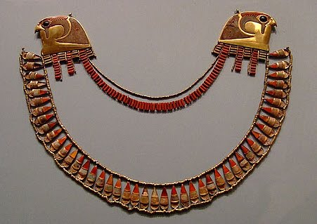 history of egyptian jewelry Ancient egyptian jewelry is perhaps the most beautiful jewelry the world has ever known the people of ancient egypt produced incredible pieces made out of materials such as gold, silver.