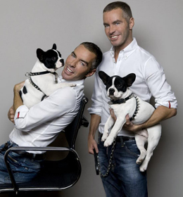 Dean & Dan with Mug Accesorios para perros Dsquared en Yoox