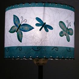lámpara de mesa artesanal