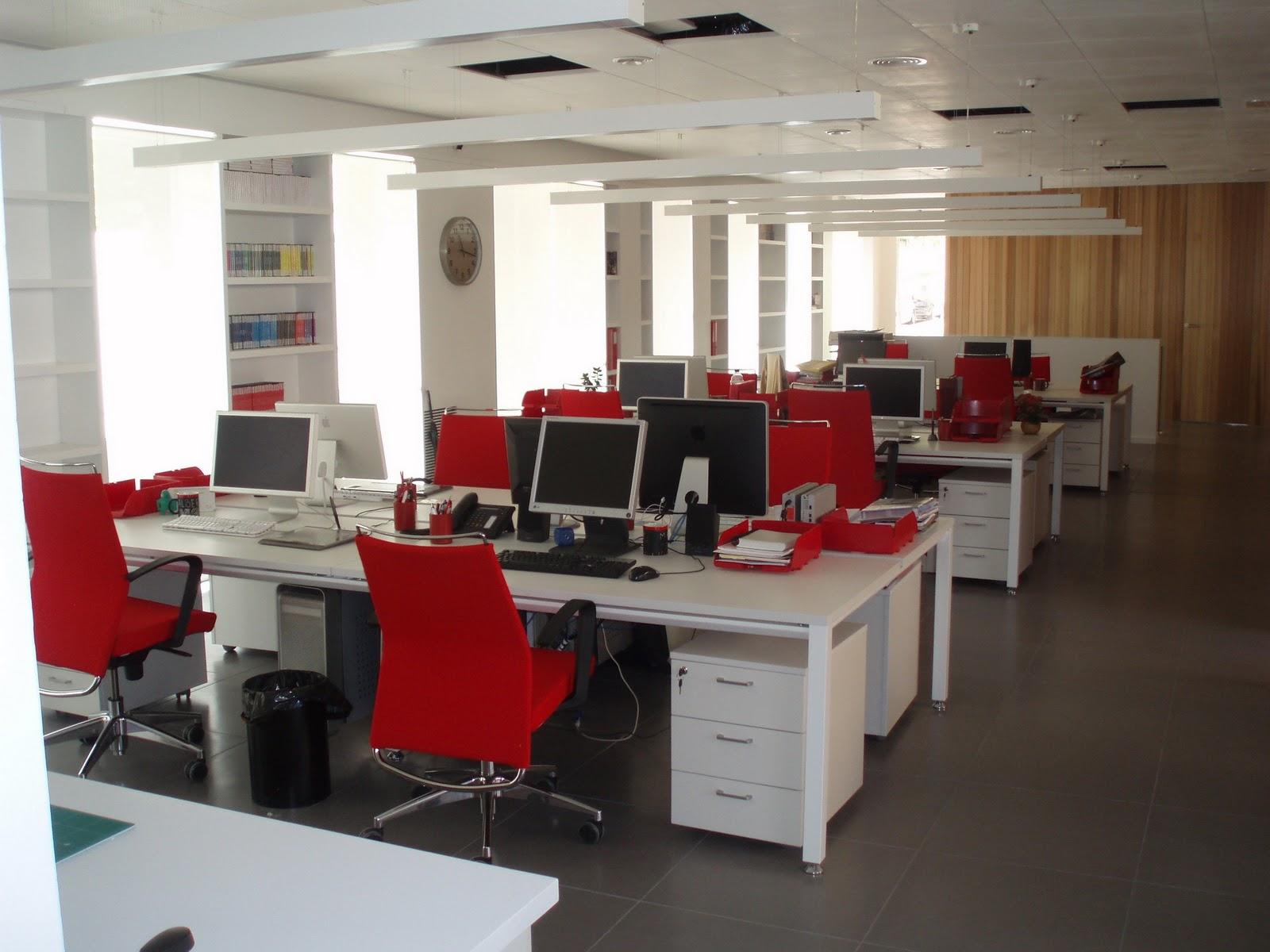 Arquitectura e ingenier a oficinas for Oficinas modernas planos