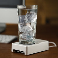 The Desktop Cup Warmer And Cooler