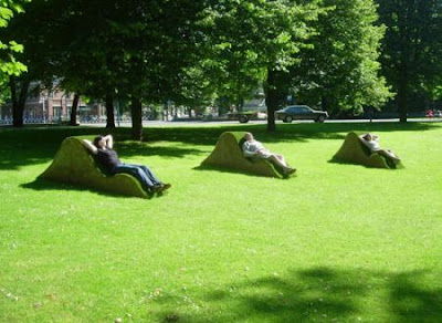 Public Lawn Lounge Chairs