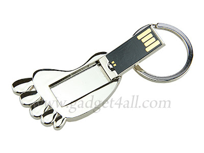6 Lovely Keychain USB Flash Drive