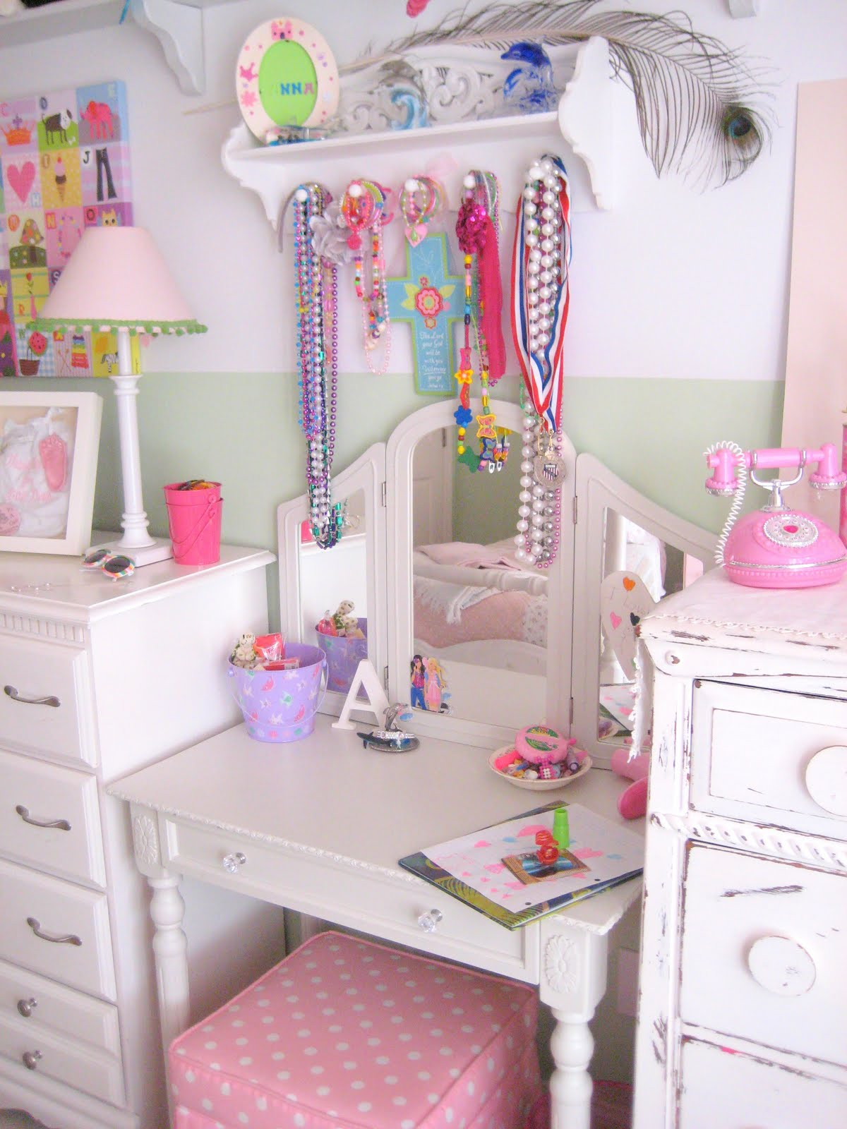 One Day At A Time Anna S Room