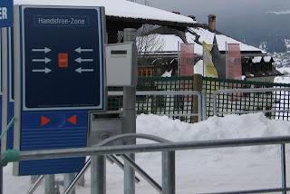 Ansitz Felsenheim gezien vanaf het dalstation van de Hochmoos Express