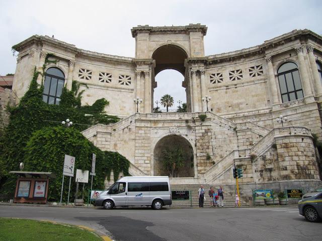 Bastion de Remy, bastion de Cagliari