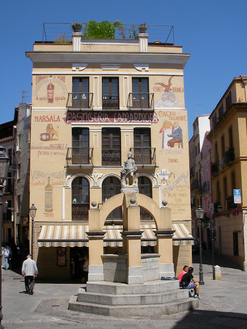 piazza Lamarmora, plaza lamarmora, pasteleria lamarmora de iglesias