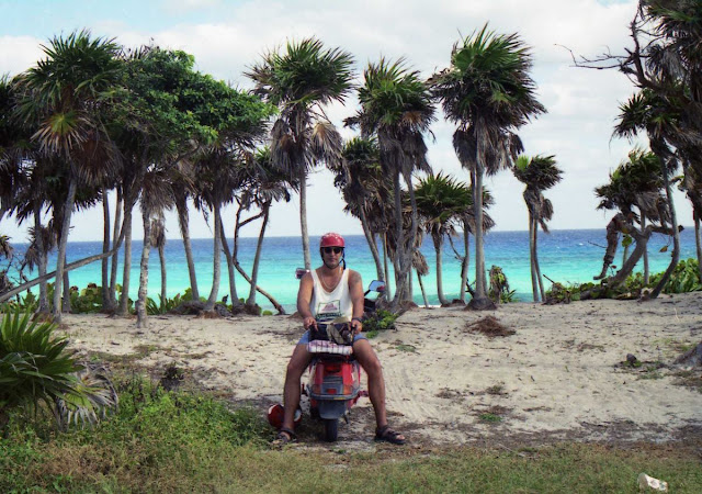 playa de Cozumel, en moto alrededor de Cozumel 