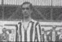 Araken Patuska-Autor do gol N° 1.000