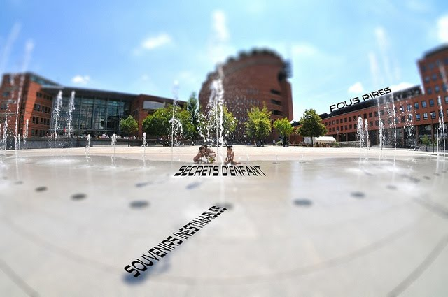 Evry Daily Photo - Haiku Le Secret - Fontaine Place des Droits de l Homme