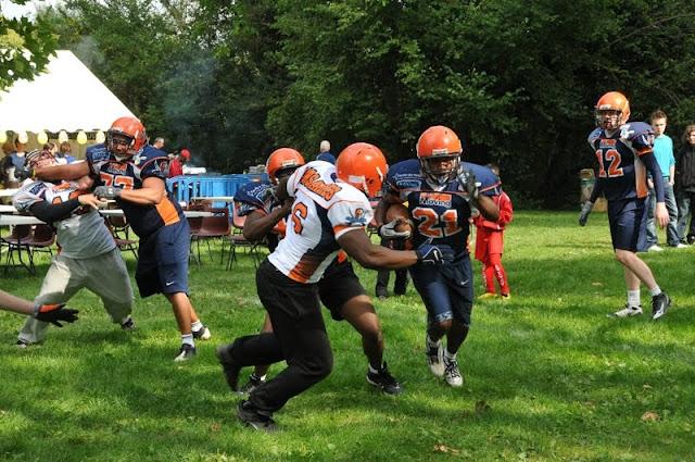 Evry Daily Photo - La fete du Sport Evry - Les Corsaires Foot Us