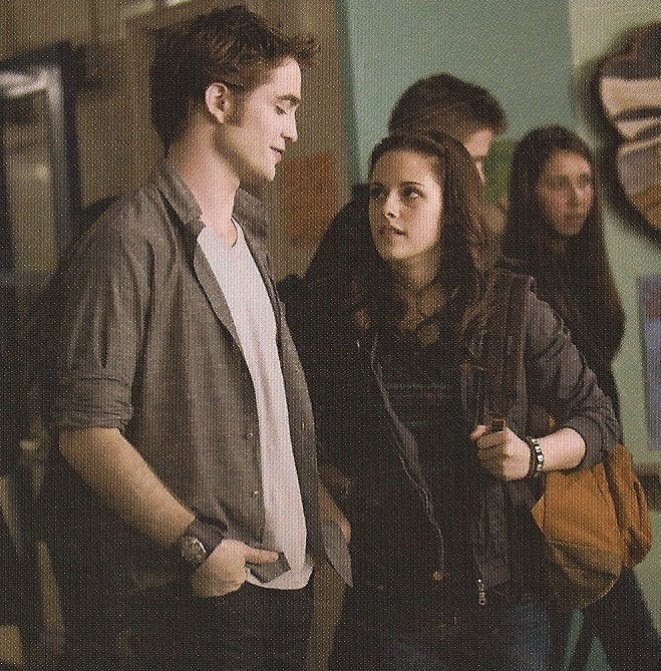 [Handsome+Edward+and+charming+Bella.jpg]