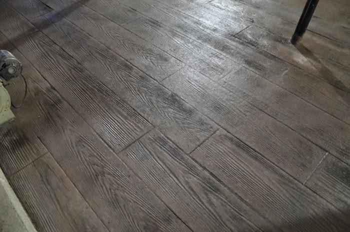 Square Prairie Cedar Plank Barn Floor