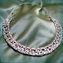 A touch of Grace Wire collar