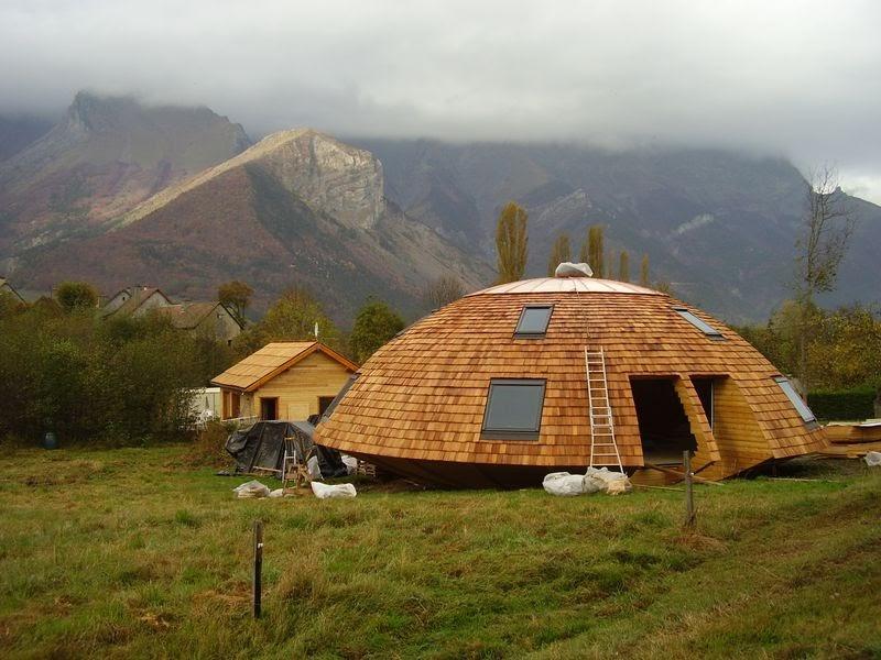 Le chalet tournesol maison ronde en bois le chalet for Maison bois ronde tournante