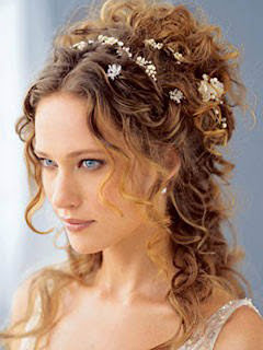 Prom Curly Hairstyles Make Your Styling with Curly Prom Hairstyles