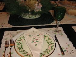 Holiday Dinner Setting