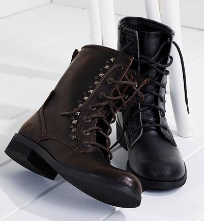 I'm Loving The Combat Boot