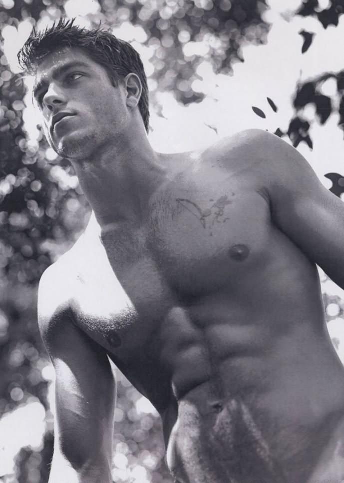 Disfruta a este hermoso y super modelo: Rafael Verga!!
