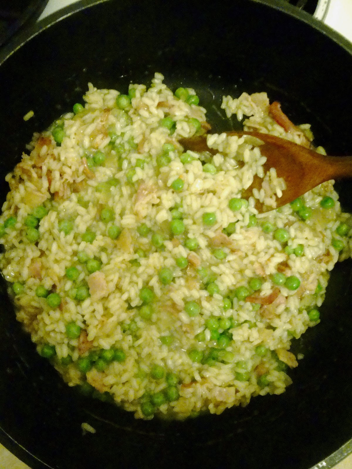 Culinary Conquests: Cheats Risotto with Bacon and Peas