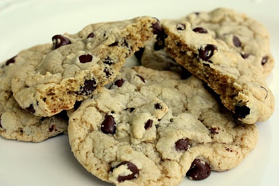 Made Famous By...: The Best Big, Fat, Chewy Chocolate Chip Cookie