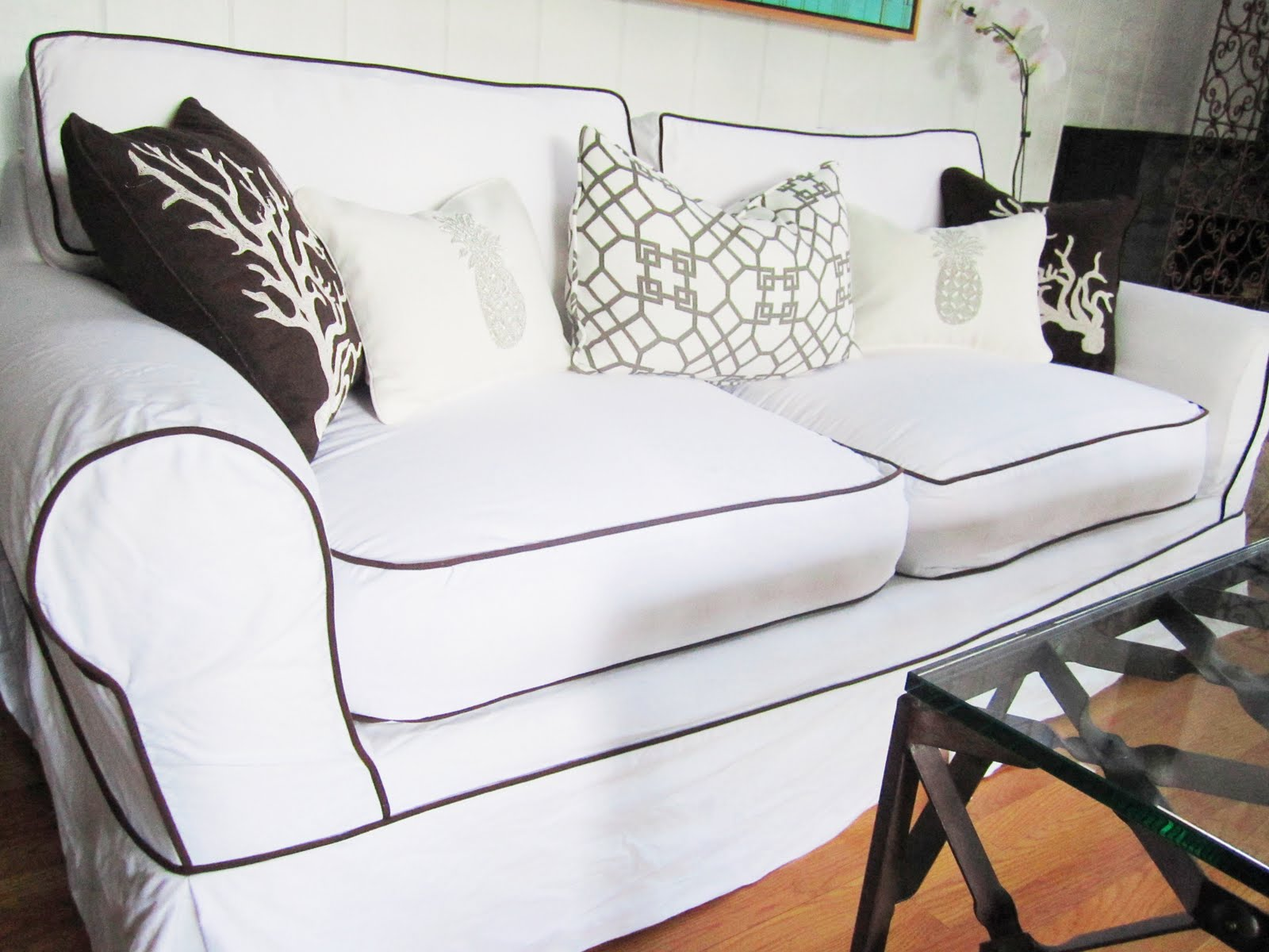 PIPING AND PLAID Nbaynadamas Furniture And Interior