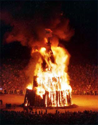 NCAA pushes $2K payment for student athletes Bonfire_big