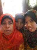 ni my mom n my sister....