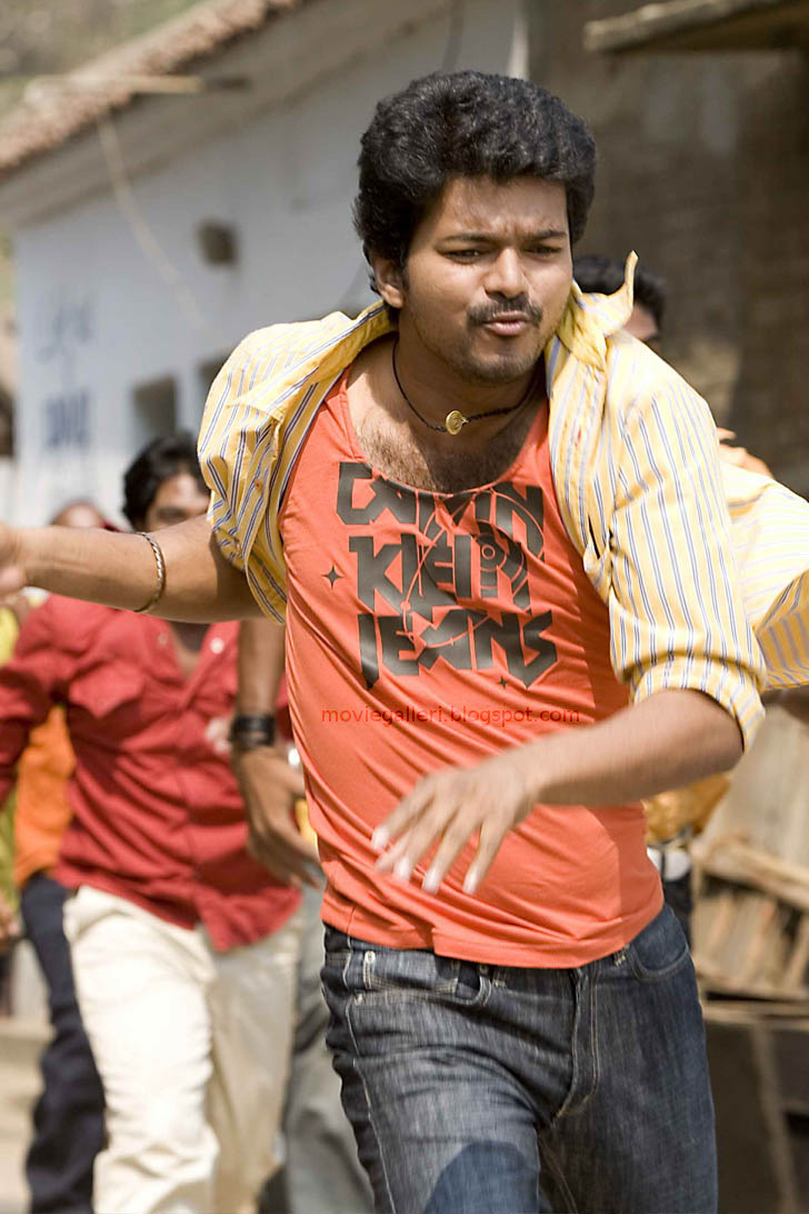 [vettaikaran-latest-stills-05.jpg]