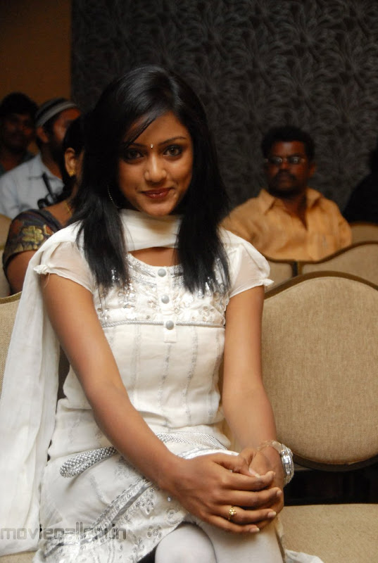 New Telugu Actress Keerthi Stills Actress Keerthi Photo Gallery sexy stills