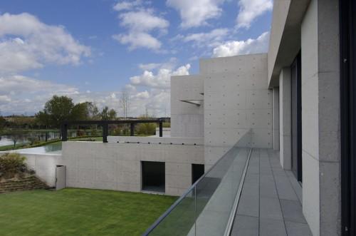 Rumah Minimalis Masive Beton By A Cero Architect