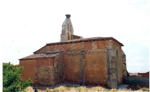 Iglesia vista por el Norte