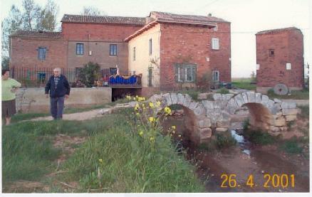 El Molino y Puente románico