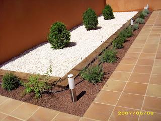 Blog de los aficionados a la jardineria muestras de for Piedra volcanica para jardin