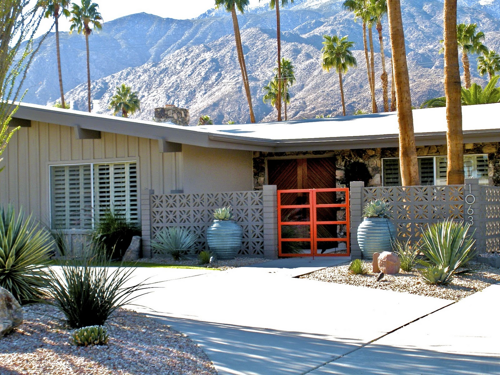 Home interior 2011 palm springs real estate and homes for for Property in palm springs
