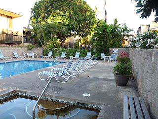 Kihei Garden Estates Swimming Pool and jacuzzi
