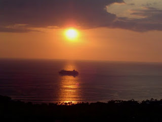 Hawaii Cruise ship passing for this Kona sunset from Kona Ocean Viw