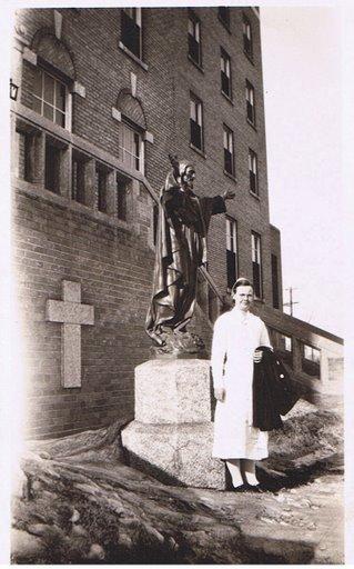 [MM0140+Bessie+-+St[1].+Boniface+Hospital,+Winipeg++2.08.1935]