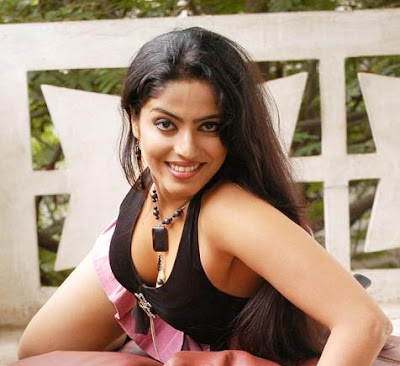 INDIAN ACTRESS RABITHA SHETTY HOT PICS